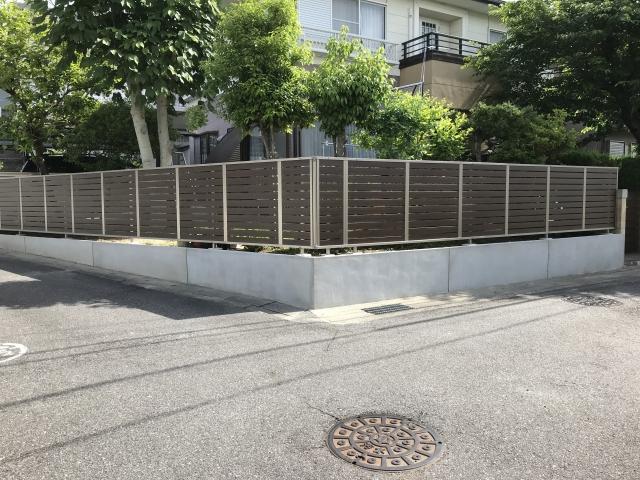 守山区 S様 目隠しフェンス 三協アルミ シャトレナM1型 木彫タイプ