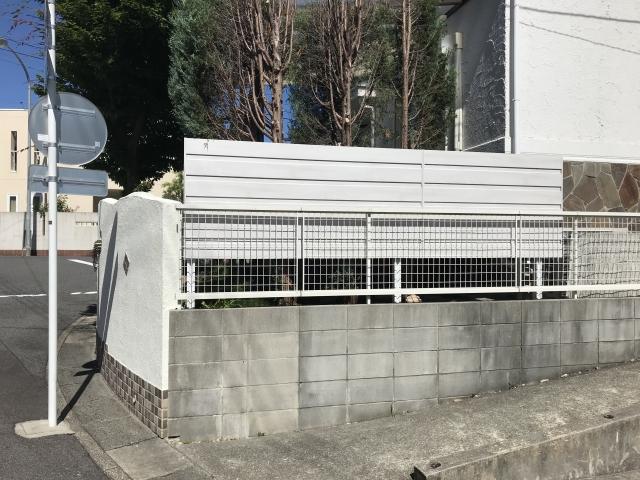 長久手市 T様 目隠しフェンス 三協アルミ フレイナM型(ホワイト)