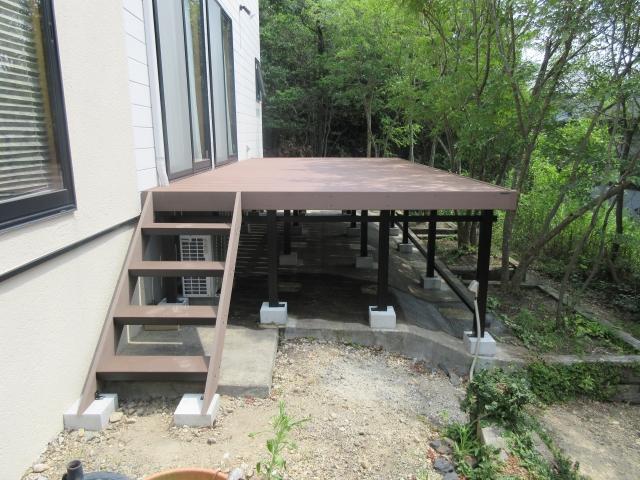 守山区 Y様 既設木製デッキ解体処分 三協アルミ ひとと木 2階ベランダ屋根置式 スーパーエリーバ