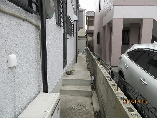 守山区 G様 三協アルミ レボリューAテラス+前面パネル2段 目隠しフェンス