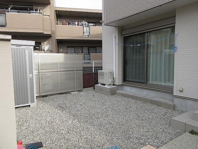 日進市 S様 YKKAP リウッドデッキ200 1.5K×3m 目隠しパーテーション
