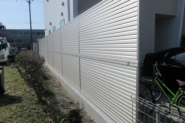 北区 H様 目隠しフェンス YKKAP 2段フェンス H1900 シンプレオT-10