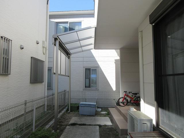 尾張旭市 Y様 三協アルミ テラス レボリューA1.5k×4尺 ロング柱 前面パネル1段仕様