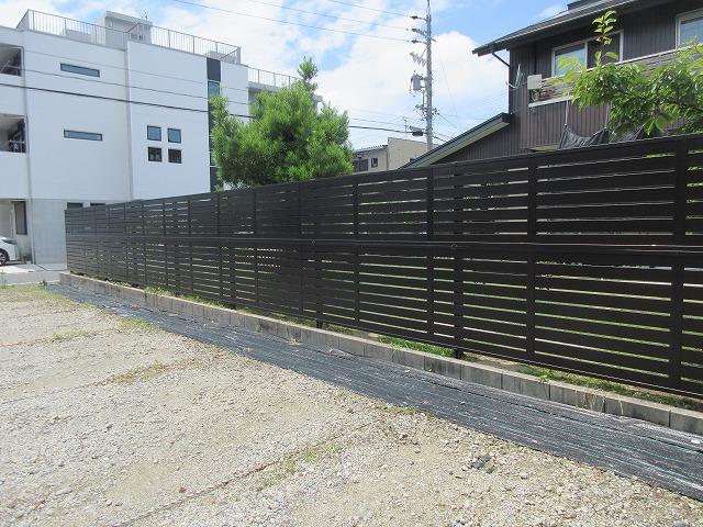 尾張旭市 N様 木製フェンス解体 H=1.8mアルミフェンス 三協アルミ シャトレナ1型(ダークブロンズ)H=0.72m+H=0.92m