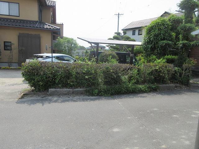 瀬戸市 O様 樹木伐採 境界ブロック+フェンス 2段用柱H2.6m 目隠しフェンス 三協アルミ シャトレナ1型 H1.2m