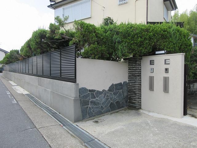 守山区 T様 地震対策 ブロック塀を解体 フェンスに取り換え 三協アルミ シャトレナ3型 H=1.0m H=1.2m