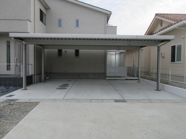 尾張旭市 H様 折板屋根カーポート ゆき盛りくん 間口8.0m×奥行5..4m セミハイルーフ H25