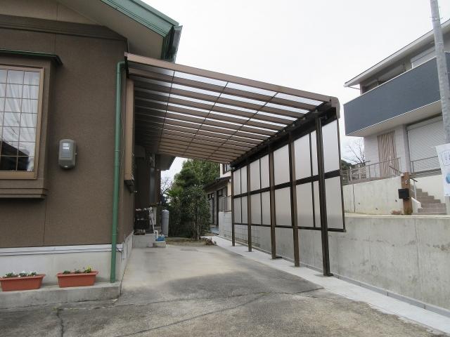 瀬戸市 大型テラス 三協アルミ レボリューA W6.3m×D3.1 前面パネル2段+すき間隠し