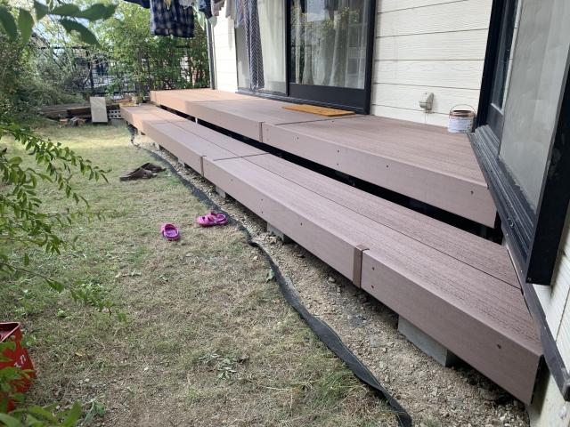 瀬戸市 ウッドデッキ工事 三協アルミ ひとと木 色:木目床板 ローズウッド
