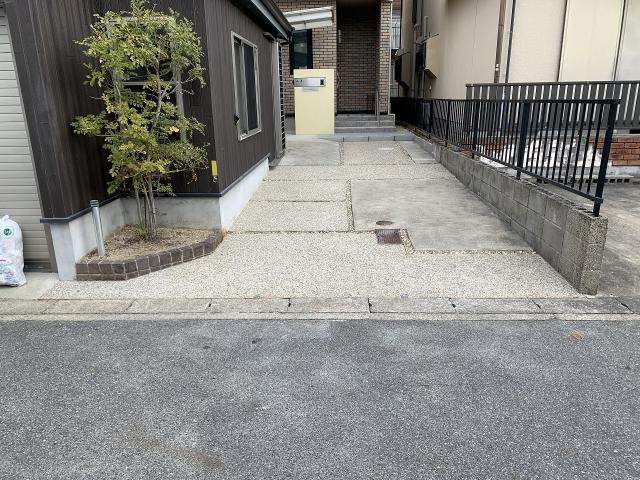 長久手市 車庫のリフォーム コンクリート洗い出し仕上げ