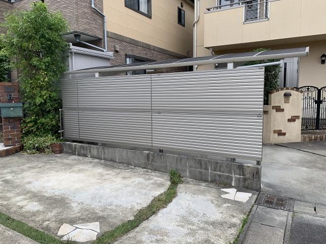 尾張旭市 目隠しフェンス 三協アルミ 2段張り施工 レジリアYL1型 H800×2段 4.5m