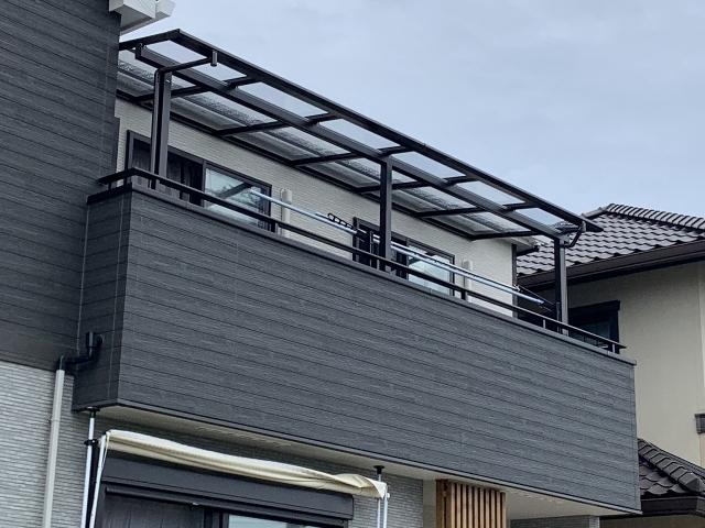 尾張旭市 2階用テラス 三協アルミ レボリューA 3.0K×5尺 ダークブロンズ 熱線遮断ポリカ かすみ