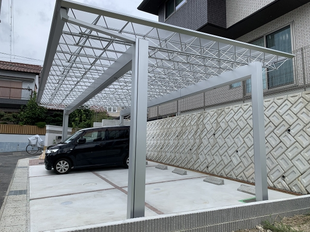 尾張旭市 3台用カーポート 三協アルミ Mシェード 5080(奥行5.0m×間口8.0m)